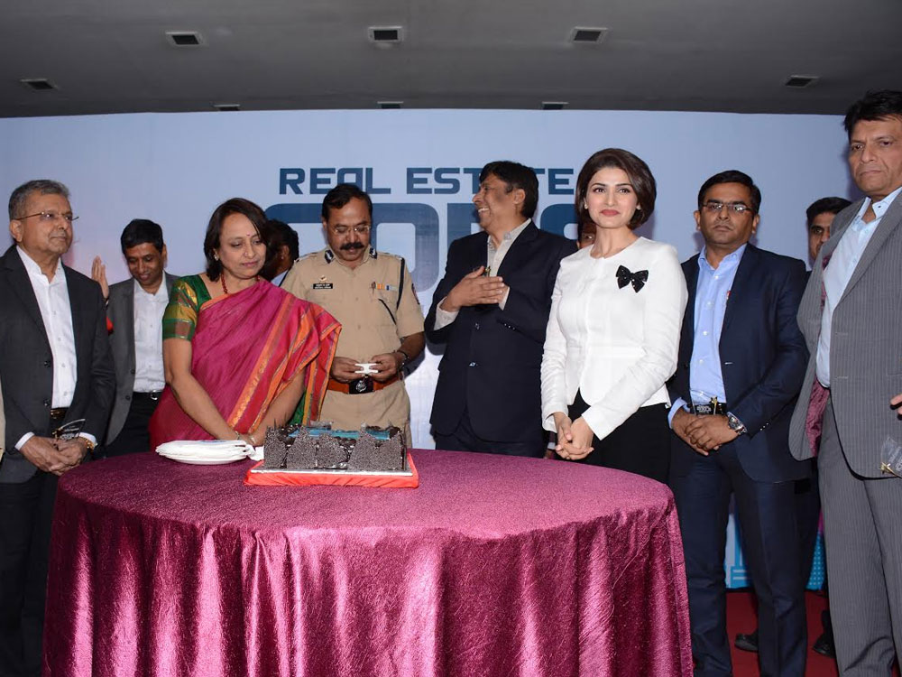 Real Estate Icon Thane - Hotel Tip Top Plaza, January 27, 2016